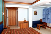 Royale Room -