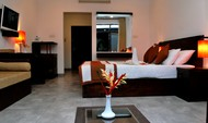 Luxury Double Room with Pool & Mountain View -