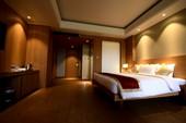 Honeymoon Suite -
